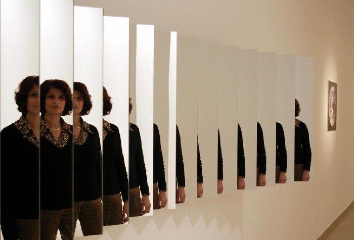 魔镜手工制作方法